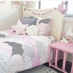 Cool kids bedroom with pink colour 46