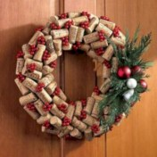Affordable christmas wreaths decoration ideas you should try 19