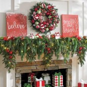 Affordable christmas wreaths decoration ideas you should try 20