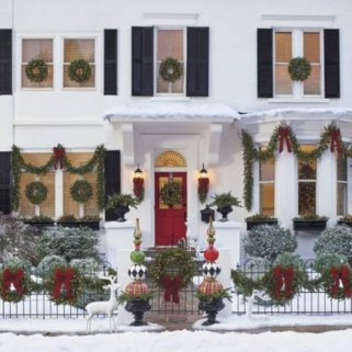 Affordable christmas wreaths decoration ideas you should try 21
