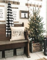 Beautiful scandinavian christmas tree decoration ideas 27