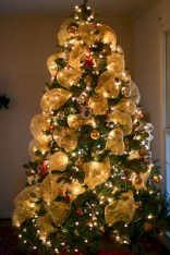 Brilliant ideas christmas tree decoration ideas with ribbon 14