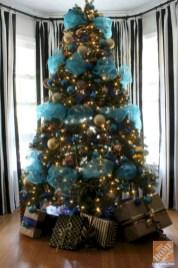 Brilliant ideas christmas tree decoration ideas with ribbon 16