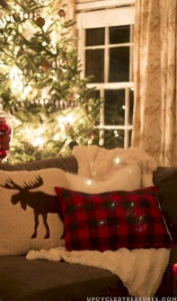 Cozy christmas decoration ideas for your apartment 16