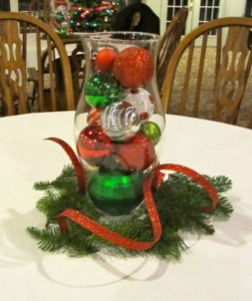 Creative diy christmas table centerpieces ideas 20