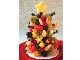 Easy christmas fruit tree centerpieces ideas 11