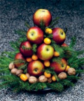 Easy christmas fruit tree centerpieces ideas 17