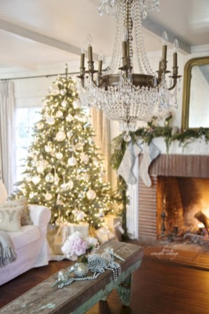 Elegant white fireplace christmas decoration ideas 41