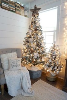 Inspiring chabby chic christmas decoration ideas 07