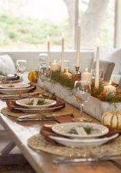 Inspiring farmhouse christmas table centerpieces ideas 10