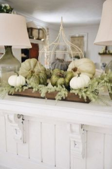Inspiring farmhouse christmas table centerpieces ideas 19