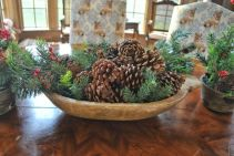 Modern christmas table centerpieces ideas you will totally love 08