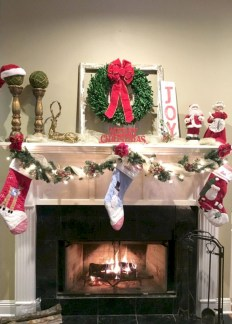 Modern farmhouse fireplace christmas decoration ideas 08