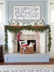 Modern farmhouse fireplace christmas decoration ideas 18