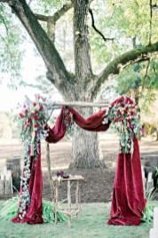 Romantic winter vintage wedding decoration ideas (23)