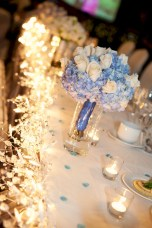 Spectacular winter wonderland wedding decoration ideas (25)