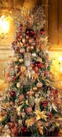 Stunning gold christmas tree decoration ideas 42
