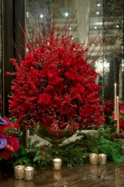 Stunning gold christmas tree decoration ideas 47