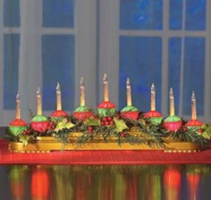 Stylish christmas centerpieces ideas with ornaments 09
