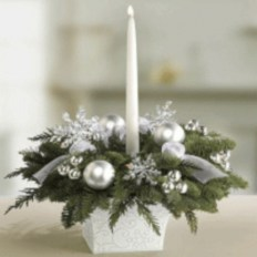 Stylish silver and white christmas table centerpieces ideas 01