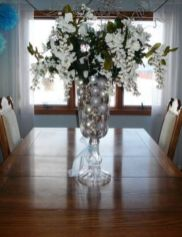 Totally adorable white christmas floral centerpieces ideas 24
