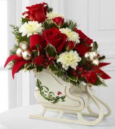 Totally adorable white christmas floral centerpieces ideas 34