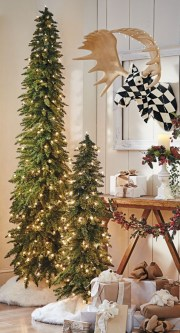 Totally inspiring small christmas tree decoration ideas for space saving 07