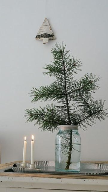 Totally inspiring small christmas tree decoration ideas for space saving 12