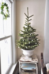Totally inspiring small christmas tree decoration ideas for space saving 15