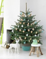 Totally inspiring small christmas tree decoration ideas for space saving 17