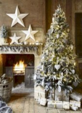 Traditional christmas decoration ideas you will totally love 20