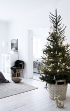 Unique christmas tree decoration ideas for your alternatives 17