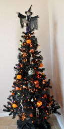Unusual black christmas tree decoration ideas 08