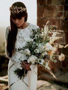 Wonderful winter wedding bouquets ideas you will love (12)