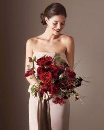 Wonderful winter wedding bouquets ideas you will love (25)