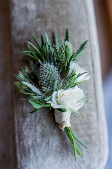 Wonderful winter wedding bouquets ideas you will love (37)
