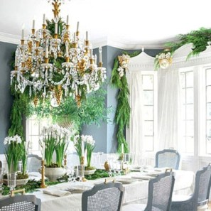 Adorable christmas chandelier decoration ideas 23