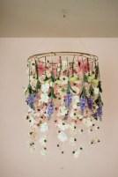 Adorable christmas chandelier decoration ideas 33