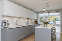 Adorable grey and white kitchens design ideas 24