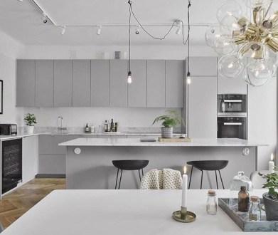 Adorable grey and white kitchens design ideas 37
