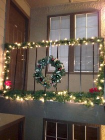 Awesome christmas decoration ideas for your balcony 21