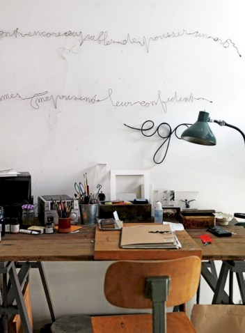Awesome rustic home office designs ideas 33
