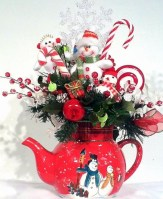 Beautiful and charming tabletop christmas trees decoration ideas 38