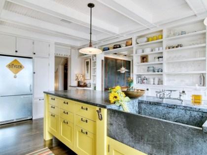 Bright and colorful kitchen design ideas 21