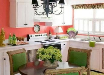 Bright and colorful kitchen design ideas 24