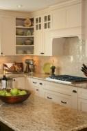 Bright and colorful kitchen design ideas 27