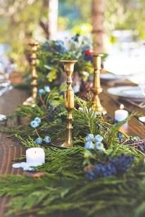 Charming winter centerpieces decoration ideas 01
