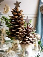 Charming winter centerpieces decoration ideas 28