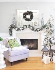 Cool christmas fireplace mantel decoration ideas 06