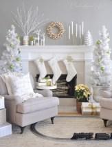 Cool christmas fireplace mantel decoration ideas 13